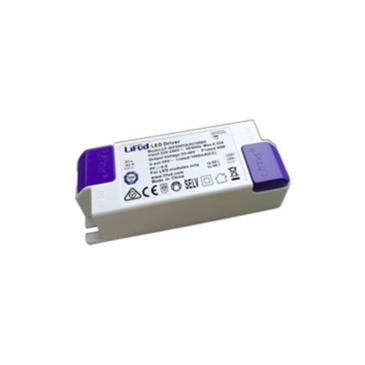 Áramgenerátoros LED tápegység Class II LED lámpákhoz 450mA 25-40V